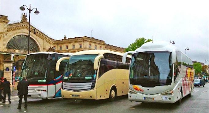 cars de touristes