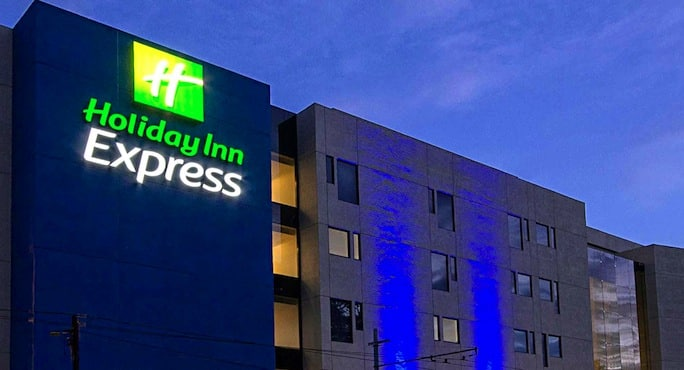 holiday-inn-express-hotel-aeroport