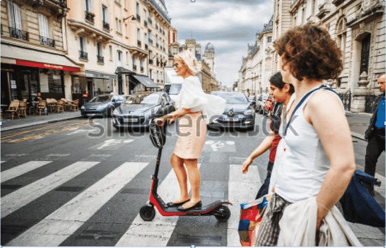 Des trottinettes électriques en libre-service lancées à Paris