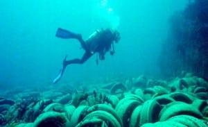 Plongeur en mer Mediterranee