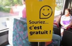souriez c'est gratuit... slogan pour les transports en commun gratuits