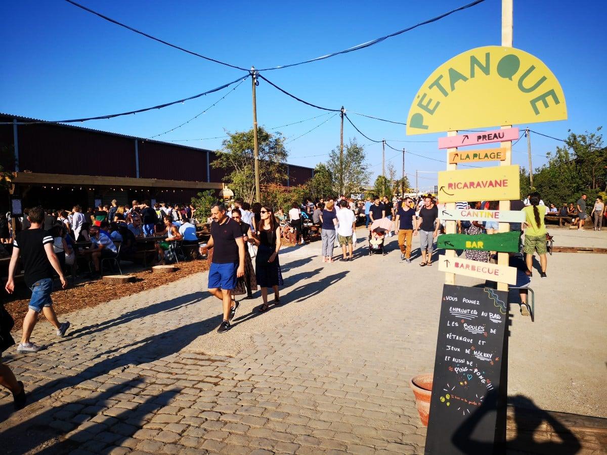 La Friche de Pantin, lieu festif avec des visiteurs