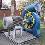 une turbine hydroélectrique