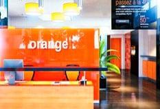 Bureau Daccueil Orange 300x169 1