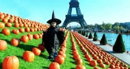 Feter Halloween A Paris