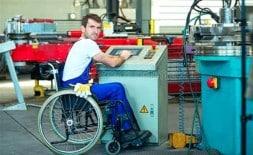 Travailleur Handicape A Son Poste
