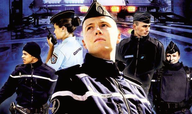 Plusieurs portraits de policiers