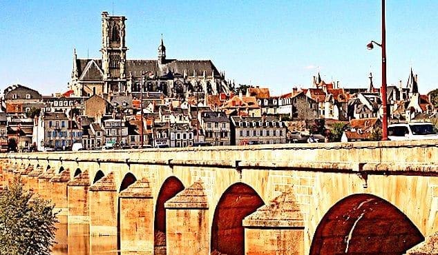 Un pont à Nevers