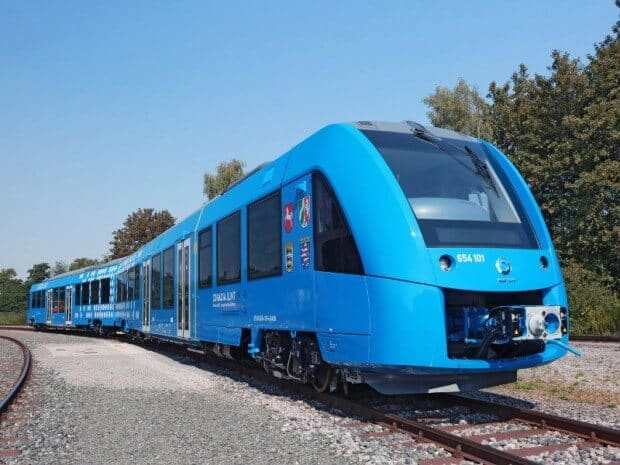 un train à l'hydrogene bleu
