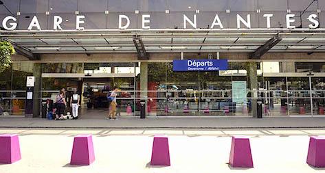 Facade De La Gare De Nantes