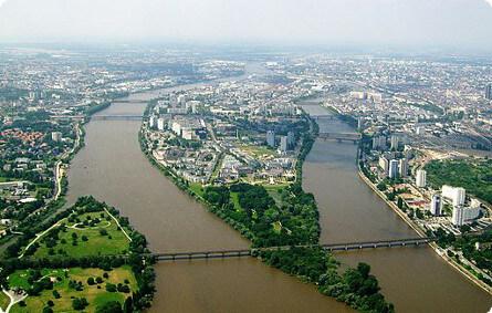 vue due ciel sur Nantes, ville verte