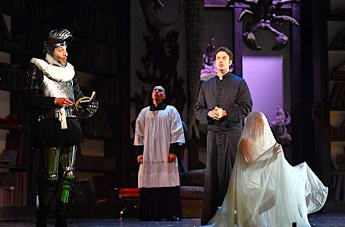 Le chansigne permet aux personnes sourdes d'aller au théâtre et à l'opéra.