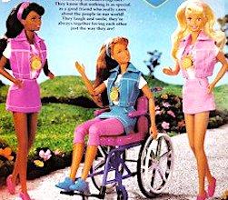 La poupée Barbie est désormais disponible en fauteuil roulant.