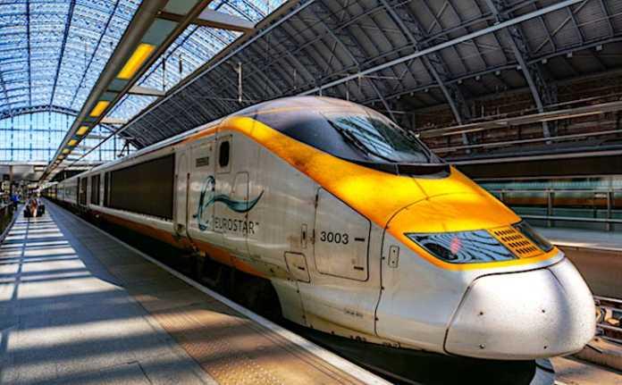 Le train Eurostar pourrait continuer de rouler sous la Manche, même après le Brexit.