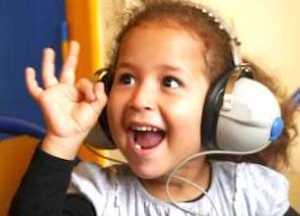 Les enfants sourds doivent pouvoir choisir leur moyen de communiquer.