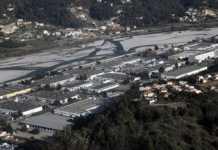 la zone industrielle de Carros