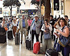 La SNCF a besoin de compter avec précision les flux de voyageurs qui sont dans les gares.