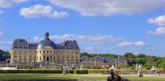 Une visite au château de Vaux-le-Vicomte garantit un beau dépaysement.