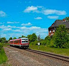 Le maintien des petites lignes ferroviaires dans certaines régions pose question.