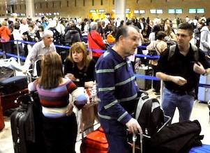Si le Brexit est appliqué, les délais d'attente vont se rallonger dans les aéroports.