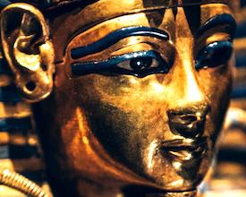 La nouvelle exposition consacrée au pharaon Toutânkhamon revient à Paris.