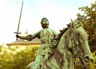 A Orléans, Jeanne d'Arc sert à fêter l'anniversaire de la Libération.