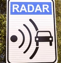 Le Gouvernement est en train de tester des radars plus modernes, volontairement placés en hauteur.