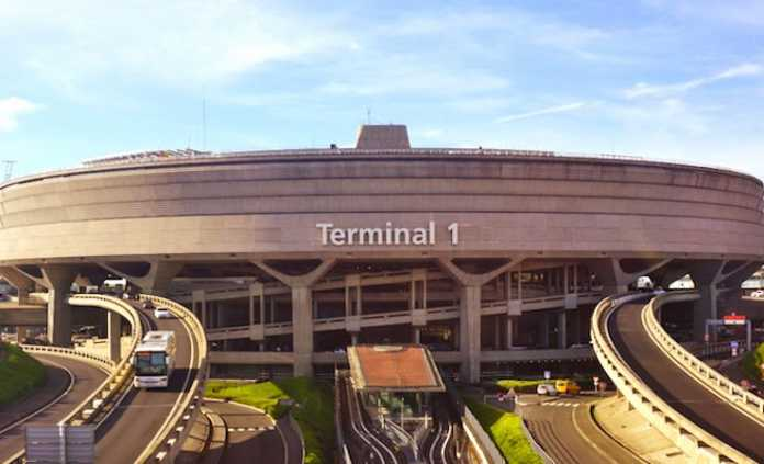 La privatisation du groupe Aéroports de Paris suscite une vive opposition.