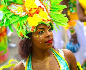 La richesse culturelle des Festivals en Guadeloupe mérite qu'on s'y rende.