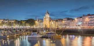 le port de La Rochelle la nuit