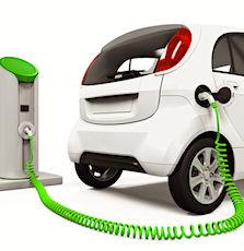 L'achat d'une voiture électrique est tentant mais reste encore cher.
