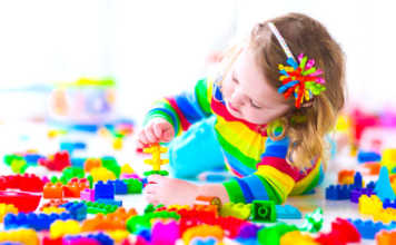 Un Plan pour aider les petits enfants est en prépararation.