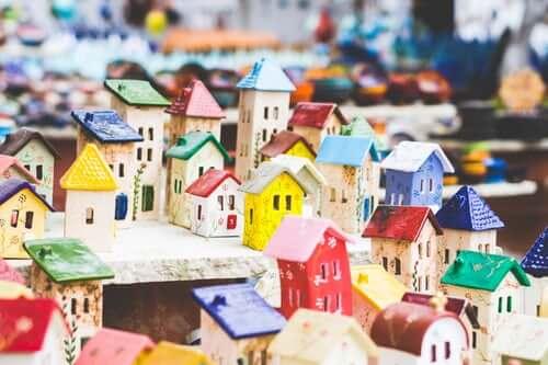 une ville mumticolore