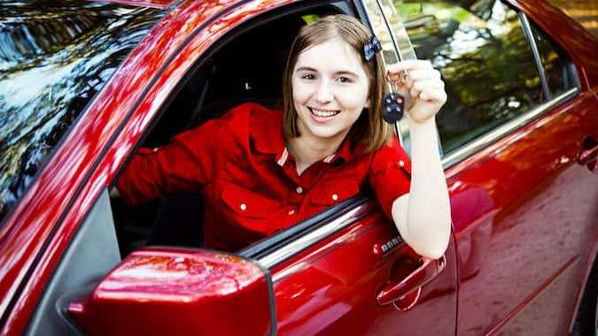 Cropped Le Permis De Conduire Sera Plu Accessible Aux Jeunes Conducteurs