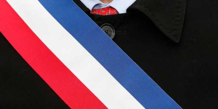 écharpe tricolore d'un maire