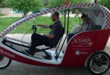 un vélo taxi