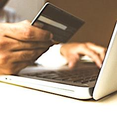 Les informations qui figurent sur une carte de crédit doivent rester confidentielles.