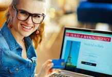Cropped Publier Sur Internet La Photo De Sa Carte Bancaire Facilite Les Fraudes