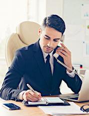 L'hyperconnexion engendre souvent des tensions entre les managers et leurs équipes.