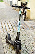 L'usage des trottinettes sur les trottoirs devient Interdit.