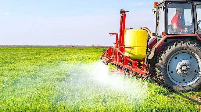 Cropped Lutilisation Des Pesticides A Proximite Des Habitations Soule Ve Une Re Elle Contestation
