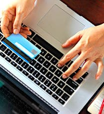 La fin des SMS bancaires de validation d'achats signera l'arrivée d'un système plus sûr.