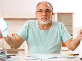 Le chômage des seniors montre des inégalités dans le monde du travail.