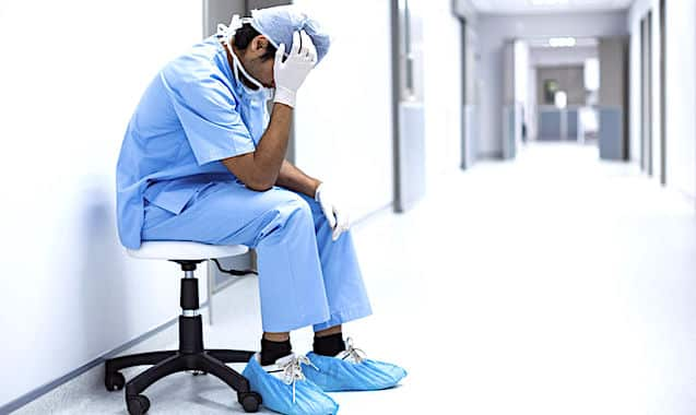La crise de l'hôpital se durcit en France. La manifestation du 14 novembre dernier l'a démontré.