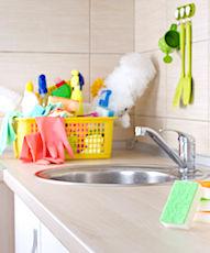 Parfois, les produits ménagers contiennent des substances toxiques.