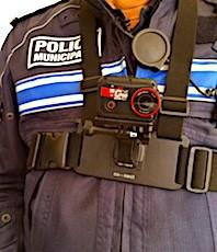 Les caméras-piétons sont aujourd'hui indispensables à la police.